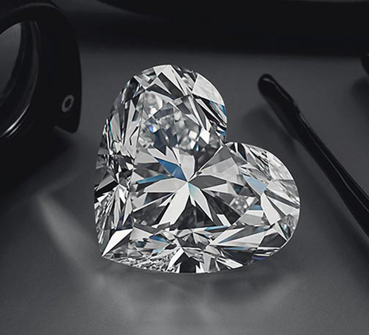 92.15-Carat 'La Légende' Heart-Shaped Diamond Headlines Christie's Geneva Sale